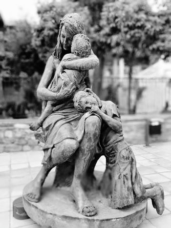 Statue Mother And Child Sad Black And White