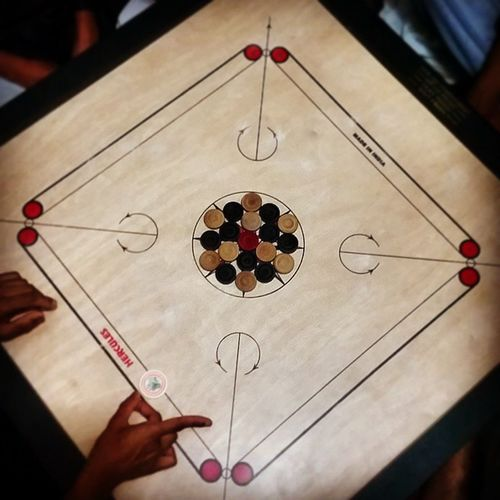 3.41am Carrom StrikeAndPocket Ramadhan Passtime Family Fun Games