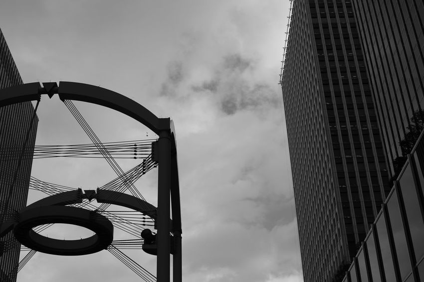Chink. Monochrome Blackandwhite Clouds And Sky OSAKA Japan Canon5Dmk3 CarlZeiss Planar