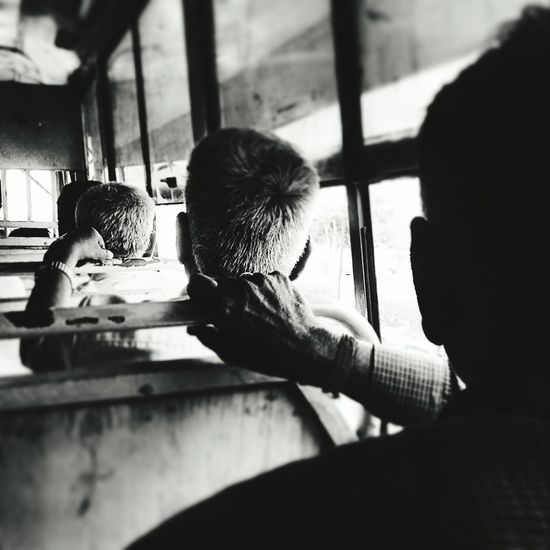 Chennai Bus India Tamilnadu Shades Of Grey Greyhair  Aged Beauty Local Transportation Queue Q My Commute Feel The Journey On The Way Traveling Home For The Holidays Long Goodbye