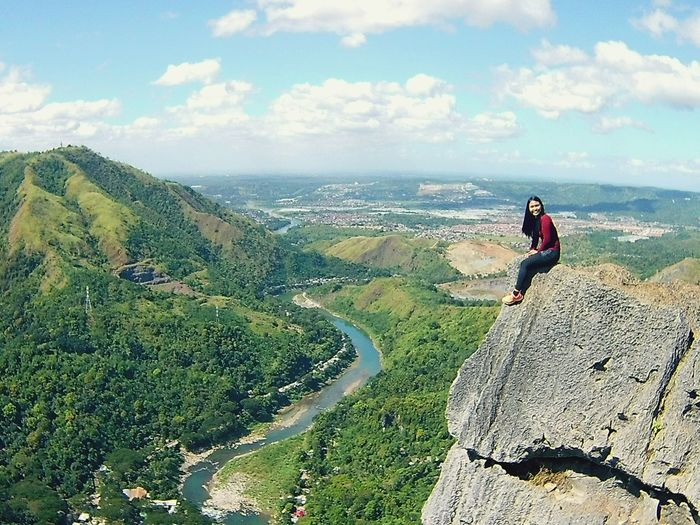 Leisure Activity Action Shot  Landscape Outdoors Full Length Adventure Sky Nature Mountain View Mountain Hiking Adrenalinejunkie Mountains Are Calling Me