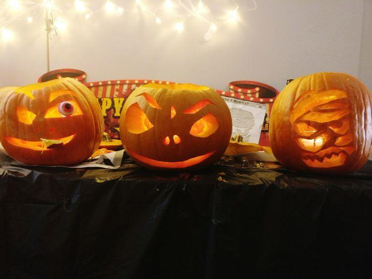 Celebration No People Indoors  Pumpkin Halloween Close-up Eyeem Office Jack O' Lantern Handmade Art Tradition Candlelight