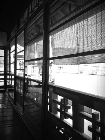 Historic Kyoto Japan Sakamoto Ryoma Terada-ya 坂本龍馬 寺田屋 Monochrome This place is tastefully laid out.
