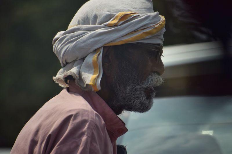 Street seller Hawker Bangalore Oldman