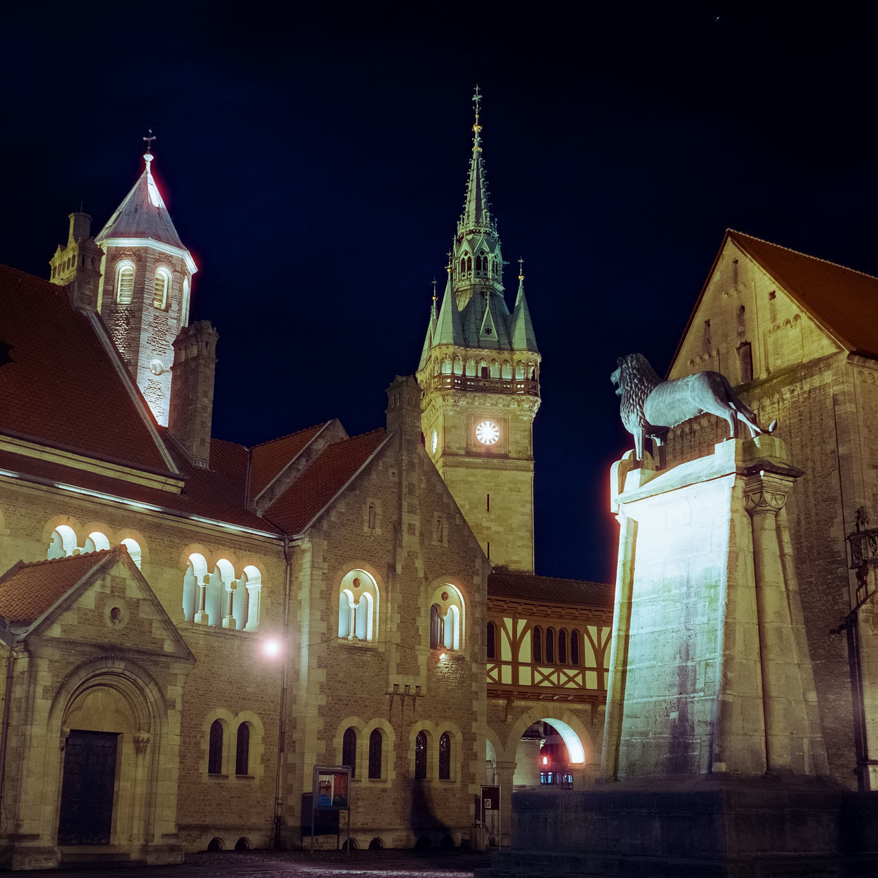 architecture, built structure, building exterior, night, building, place of worship, belief, religion, illuminated, spirituality, travel destinations, sky, tower, low angle view, travel, clock tower, no people, spire, clock, outdoors