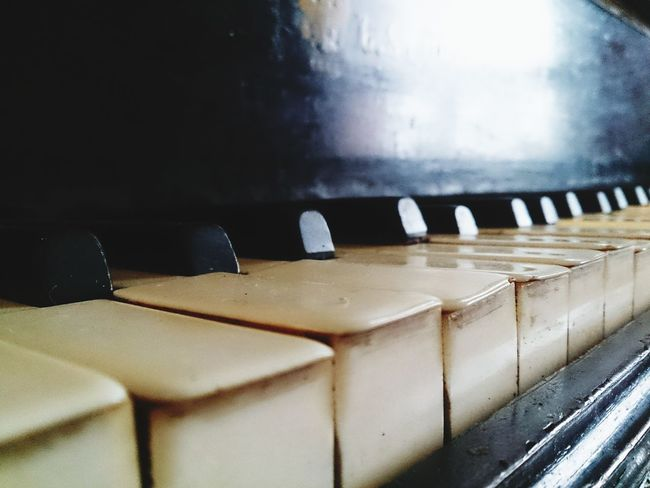 Music is my life... Music Arts Culture And Entertainment Close-up No People Piano Musical Instrument Indoors  Day EyeEmNewHere Modern Music Is My Life Music Instrument Piano Pianist Piano Keys Old Piano Old Piano Keys EyeEmNewHere Piano Moments
