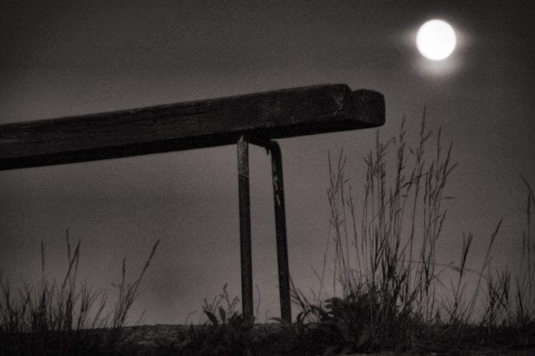 Moon Moonlight Nature No People Beauty In Nature Low Angle View Silhouette Night Black And White Amaturephotography EyeEm Week EyeEm Eyem Collection Majestic Norway
