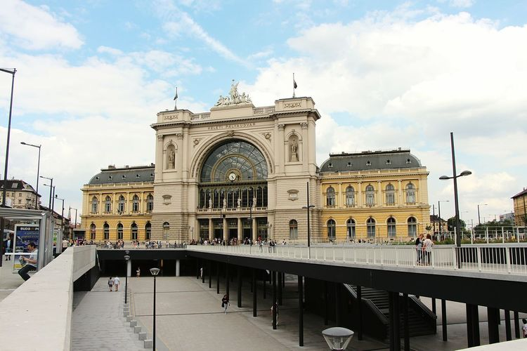 The Station Keleti Palyaudvar in Budapest. Железнодорожный вокзал Келети в Будапеште. Budapest, Hungary Arhitecture First Eyeem Photo Train Station Keleti вокзал Будапешт Венгрия архитектура
