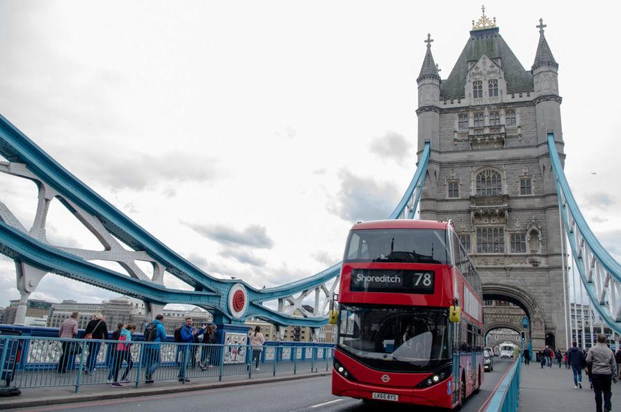 EyeEm LOST IN London London London Bridge London Bus Architecture Built Structure City Large Group Of People Men People Real People Sky Transportation Travel Destinations