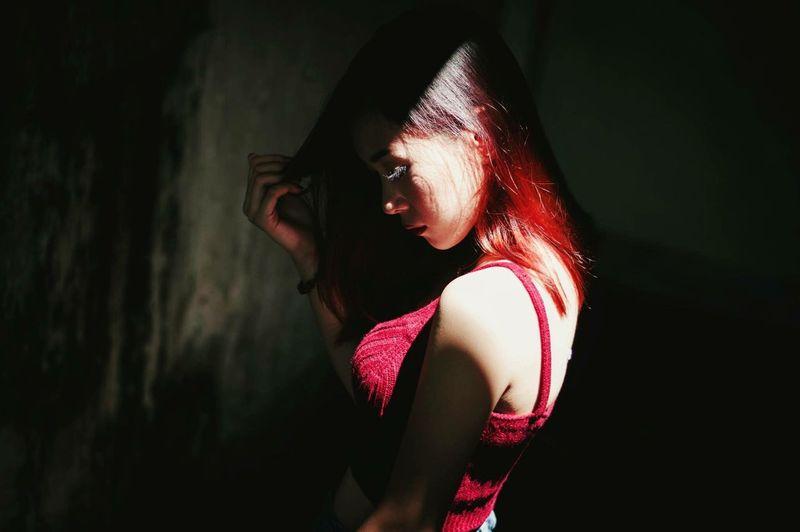https://www.instagram.com/ynonsia Light And Shadow Light Darkness And Light People Portraits Portrait Photo Photoshoot Portrait Of A Woman Shadow Asian Girl Feelings Aesthetics Photography Showcase July EyeEm Best Shots