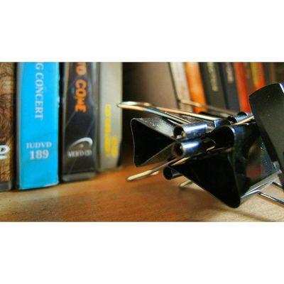 Saling menjepit. Menjadi kuat VSCO Vscocam Power Gratefull Begratefull Instasunda Mataponsel Kamerahpgw Lingkarindonesia Sony Sonymwc XPERIA XperiaZ3