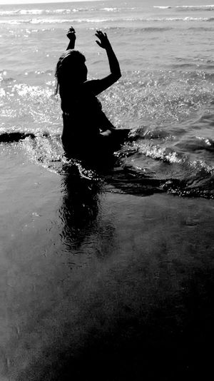 That's Me Hello World Sexylegs Light And Shadow Life Is A Beach