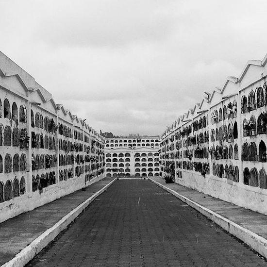 Cementerio Cementeriotulcan Ustedno Nuestronorteeselsur Ecuador Tulcan Mochilero