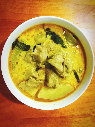 My World Of Food Thai Food Enjoy Eatting Delicious ♡ Green Curry Food Thai Streetfood At Market Thai Green Curry Soup EyeEm Best Shots Dinner A Bird's Eye View Art Is Everywhere Food Stories