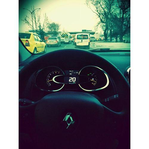 arabayı satıp zeplin mi alsak bu nasıl bi trafik 👊😡 Nervous Weary Traffic Ordeal Bursa Weekend Intensive My Car Renault Only Instago Instacool Instagood Cars Drive Instamood Instasize