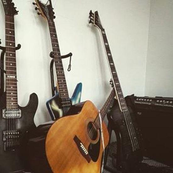 Family portrait Guitar Bass LTD Deanguitars Jacksonguitars Ibanez Musicismylife Neverenough