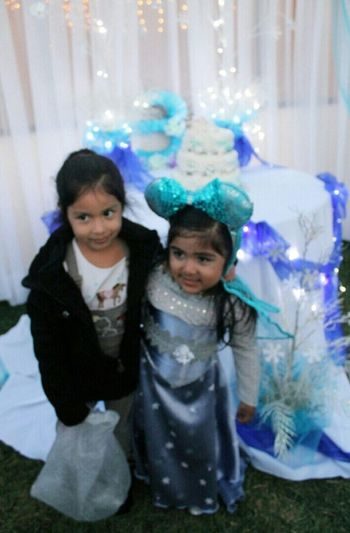 My sister and neice♥ Taking Photos Check This Out Enjoying Life Followme Amazing Canon Sister Party Neice Frozen Party