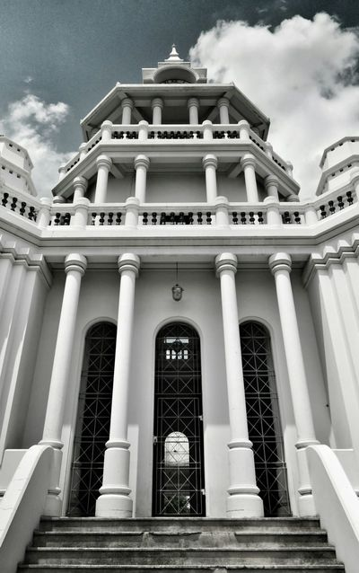 The gated entrace to the lone clocktower. Time has never allowed men the complete luxury of its potential benefits and exploits, only windows of oppurtunity. Taking Photos Solotravels Eyeemthailand Bangkok Clocktowers Gateways The Grand Palace Thailand Backpacking Architecture