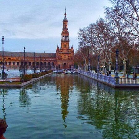 Atardece en la Plaza de España Sevilla Sevillahoy Sevillagramers Sevillagram MegustaSevilla