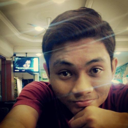 Boring at the restorant... #annoying#findlovers#single