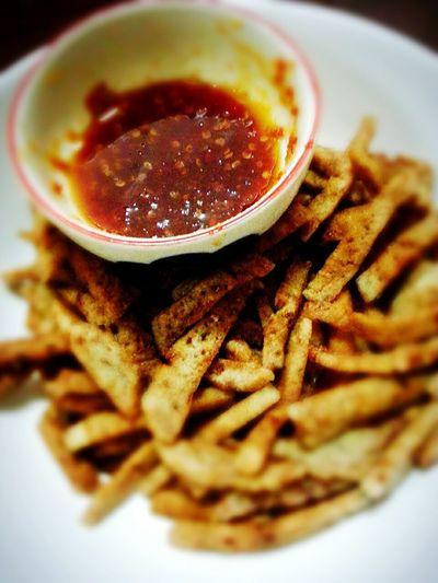 Kapok . .Southern snack..กะโป้ะ หรือ หนังตีน เป็นชื่อเรียกของขนมข้าวเกรียบปลา อร่อยฝุดๆ. Amazing Thailand Good Morning ขนมไทย อะไรเอ๋ยยย อร่อยฝุดๆ Unseenthailand Time For Breakfast