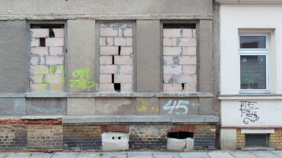 Abandoned Architecture Architektur Door Fenster Fenster Und Türen Houses And Windows Leipzig Tür Verlassen Window Windows And Doors Zugemauert Bricked Walled Abondoned