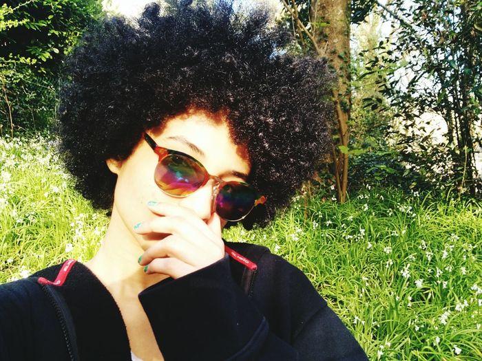 Hi! Hello World That's Me Relaxing Love Nature Sun Glasses Metissage Mixed Girl Afrohair Enjoying Life Me