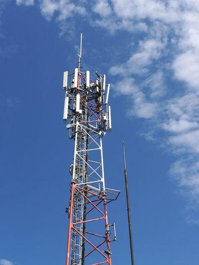 Technology Global Communications Wireless Technology Golf Club Blue Antenna - Aerial Communication Telecommunications Equipment Tower Sky A New Beginning