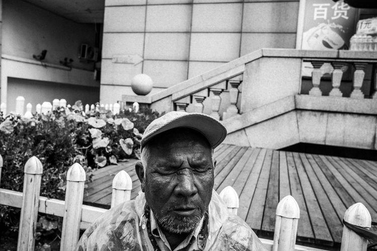 Blackandwhite Photo Streetphoto_bw Streetphotography Leica Monochrome 青岛 纪实