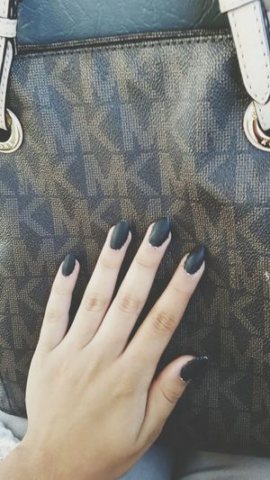 Matte black nails 😍