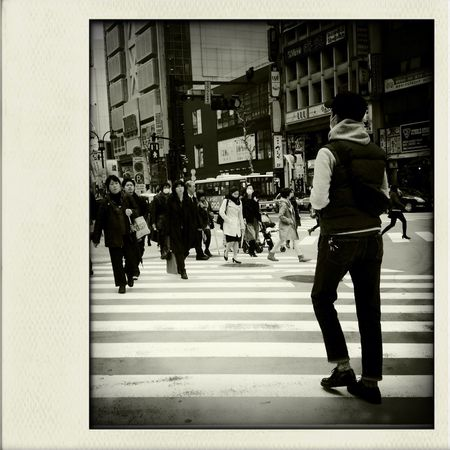 streetphotography at TOWER RECORDS 渋谷店 フラッシなし Claunch 72 Monochrome フィルム Streetphotography
