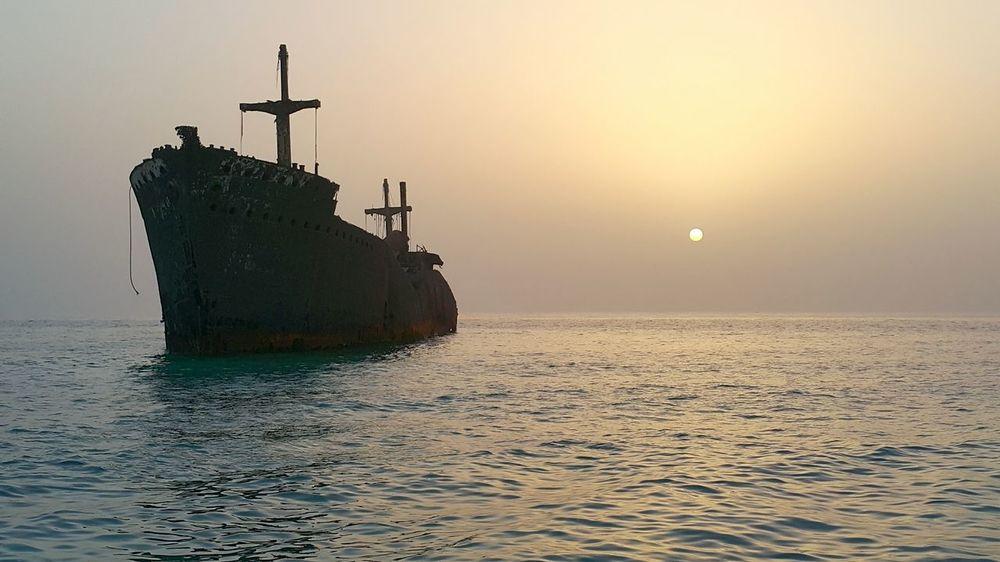 Iran. Kish Island Greek Ship Ships⚓️⛵️🚢 Sun Sunset Sea My Best Photo 2015 persian gulf 🌅🌊⚓🔧🚢 First Eyeem Photo