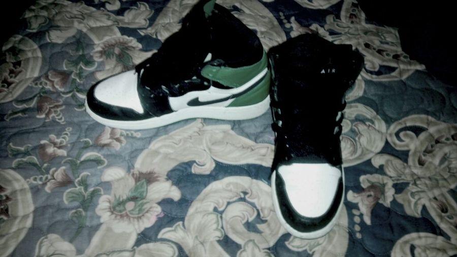Jordans Celtics 1's