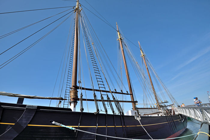C.A.Thayer At Hyde Street Pier 2 Schooner 1895 3-masted 219 Ft. Length Moored Anchored Hyde St. Pier Museum Ship San Francisco CA🇺🇸 San Francisco National Historic Park Ramp Historic Ships Lumber Schooner 1895-1912 Alaskan Salmon Fishery 1912-24 Cod Fisherman 1925-30 Nautical Vessel 1942 Army Removed Masts Ammunition Barge After WWII Mast Restored & Resumed Cod Fishing Final Voyage 1950 1957 State Of Cal. Purchased Restored 2004-07 National Historic Landmark National Register Of Historic Places