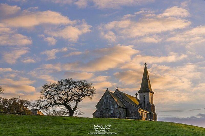 Golden hour. St Andrew's Church in Blubberhouses, North Yorkshire, England, UK. Golden Hour EyeEm Best Shots - Architecture EyeEm Best Shots - Landscape Streamzoofamily