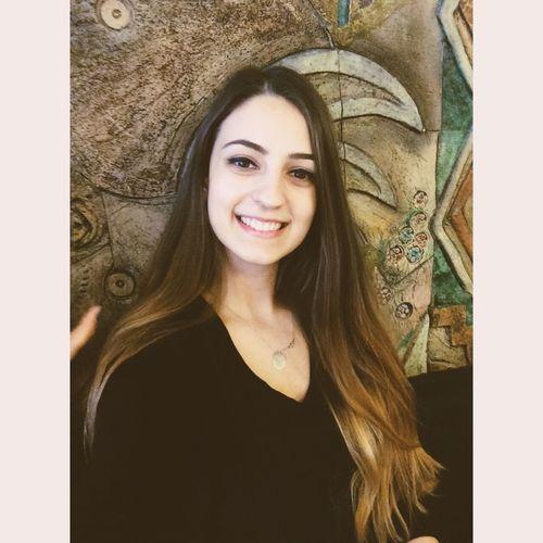 Trainee Beauty Selfieportrait Brown