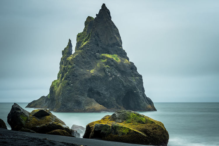 ISO100 50mm f/4.5 10s Sea Iceland Waterfront Shore Horizon Over Water Black Beach Coastline Rock Water Rock - Object Solid Sky Beauty In Nature Scenics - Nature Rock Formation Land Beach Nature Tranquility Tranquil Scene No People Horizon Day Idyllic Outdoors Stack Rock