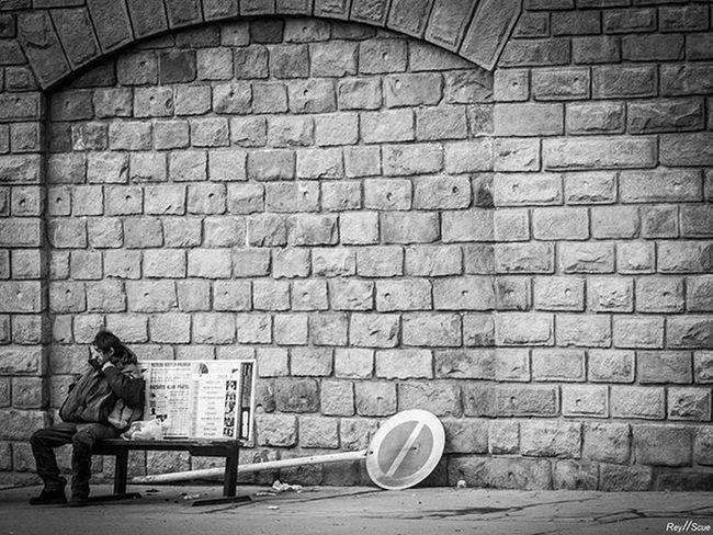 SideSwipe Magnumphotos Helloicp Monochrome Documentaryphotography Beststreets Documentinglife Lensculture Everybodystreet Streetdreamsmag Gettyimages Streetphotographers StreetLife_Award Lensculturestreets Vscoworld KeepSmile Photoshoot VSCO Streetstyle Vscocam Alone Monochromatic Hunter Olympus Omd Mono urban street moment reyscue