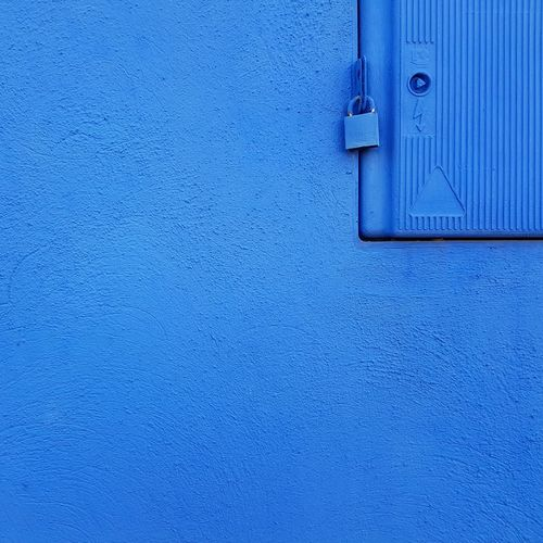 Mobilephotography Mobile Art Simple Geometric Lines Colors Urban City Fineart Texture Minimalzine MNL Minimalist Minimal_city_pro Instagramers Minimalism EyeEm Shootermag Door Backgrounds Blue Full Frame Day Close-up No People Architecture