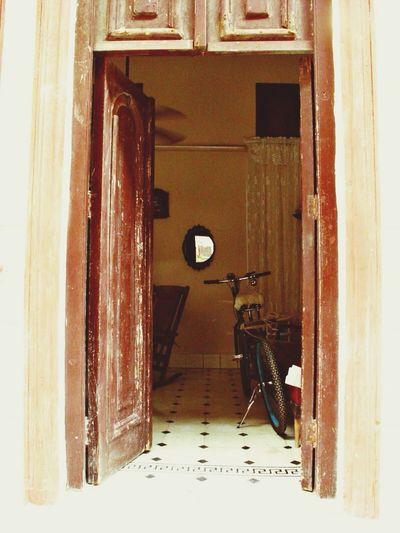 Portales habaneros Urban Geometry Beautiful Surroundings Cuba