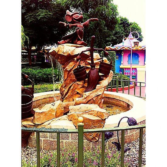 Mickey Mouse HK Disneyland Discoverhongkong Travel Explorehk Travelasia hongkong hk hktourism hongkongtourism discoverasia discoverhk samsung samsungphotography phonephotography s2 travelandleisure leisure fun wanderlust mickeymouse disneylandhk disneyhk