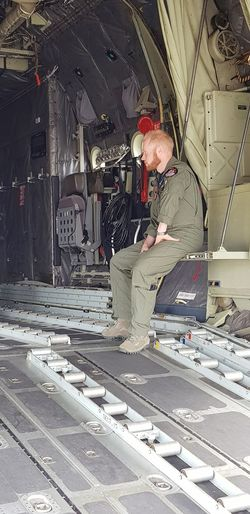 Soldier Airforce Cargo Aircraft Aircraft Loading Military Airplane Military Uniform Men Skill