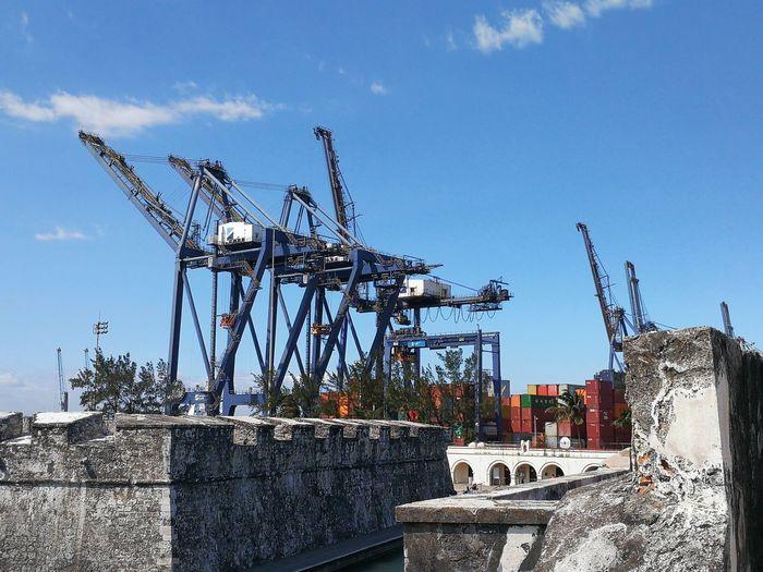 Port EyeEm