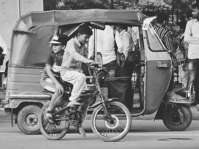 Transportation Bicycle People Outdoors Joy Ride Streatphotograpy Black And White Taking Photos Delhi Mobility In Mega Cities