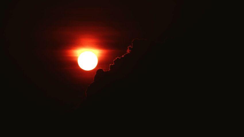 dark red black abstract Sunsset Mothernature Sunshine ☀ Freshair Color Red Black Makingmemories Highrise Reddish EyeEm Best Shots EyeEm Gallery Eyeempopularphotos Night Moon Outdoors Silhouette Scenics No People Beauty In Nature