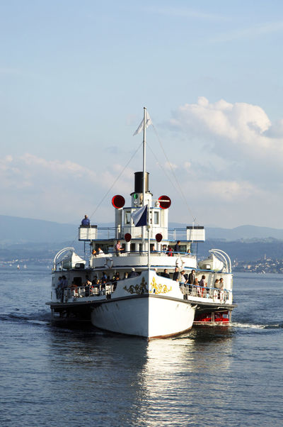 Raddampfer Rapperswil Verbindungen Zürichsee Beauty In Nature Cloud - Sky Dampfschiff Day Horizon Over Water Luxury Nature Nautical Vessel No People Outdoors Sailing Schweizersee Sea Sky Transportation Water