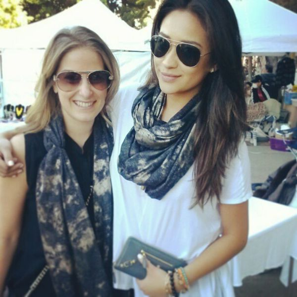 "Even a Pretty Little Liar rocks my scarves...actress on the left from the hit show ""Pretty Little Liars"", Melrosetradingpost , Turbans ,LuvuLuvu , PrettyLittleLiars ..."