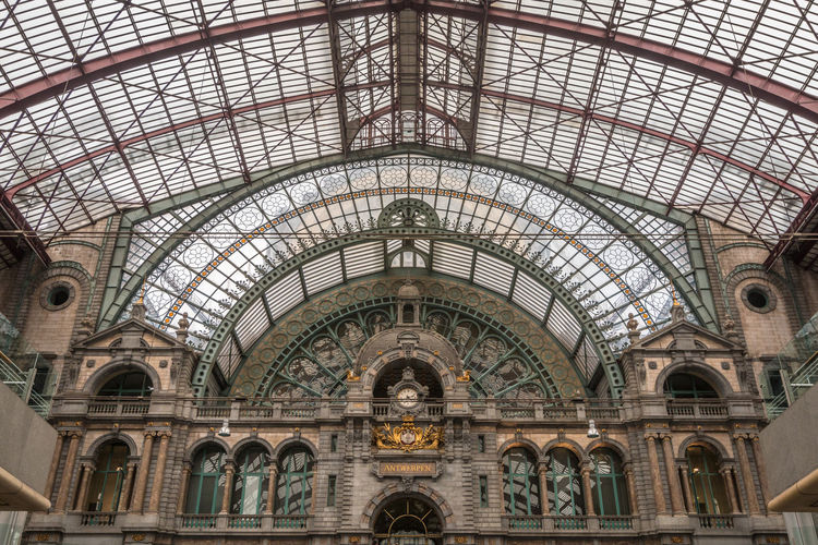 Central Station of Antwerp Belgium Antwerp Antwerpen Antwerp, Belgium Antwerp Station Arch Architecture Built Structure Ceiling No People Indoors  Day Low Angle View History The Past Building Travel Destinations Travel Religion Place Of Worship Belief Architectural Feature Railroad Station Art And Craft Architectural Column Clock Ornate Architecture And Art Arched