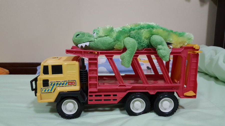 Transportation Freight Transportation Crocodile doll Doll Carrier Carnival Car Truck Kid Gator Aligator