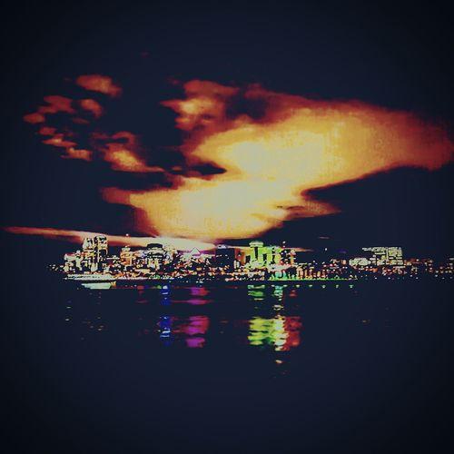 Montréal Stlawrenceriver River StLaurent Fleuve Saint-Laurent Night Lights